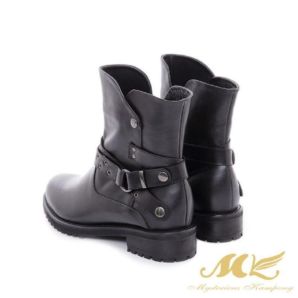 ★新品上市★【MK】台灣全真皮-西部牛仔皮帶平底粗跟短靴(黑色)