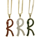 Roberta di Camerino 個性風R字母項鍊-大(白/紅/綠)990159