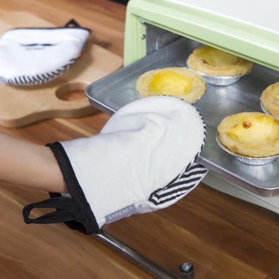 ✭米菈生活館✭【Q147-1】鬍子印花隔熱手套(單入售) 微波爐 烤箱 烘焙 耐高溫 廚房 防燙 防滑