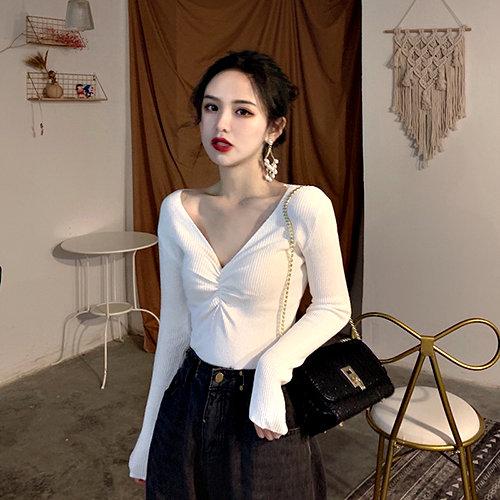 克妹Ke-Mei【AT61854】Charming女人味性感扭結美胸鎖骨長袖上衣