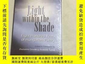 二手書博民逛書店light罕見within the shade陰影中的光Y25607