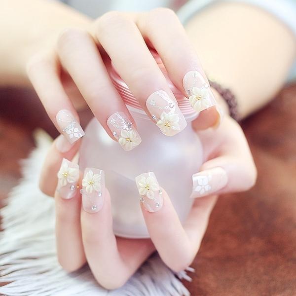 光療感指甲油裸粉五瓣花成品假指甲貼片甲片 手指甲片新娘美甲用品拍照背膠款配外套皮衣風衣