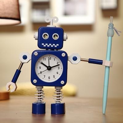 鬧鐘兒童卡通專用鬧鈴床頭可愛創意個性機器人小男孩時鐘表【母親節禮物】