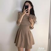 洋裝韓國chin優雅輕熟風圓領壓褶設計修身收腰顯瘦A字型洋裝短裙女 易家樂