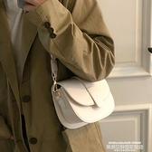 熱賣小方包 網紅小包包新款潮百搭INS小方包側背腋下包洋氣質感斜背包女 新品
