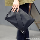 現貨五折 時尚潮鉚釘手拿包信封包男女側背包斜背包休閒包潮手腕包潮包  10-15