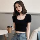 黑色短袖t恤女夏方領緊身超短款2021年新款高腰設計感露臍裝上衣 喵小姐