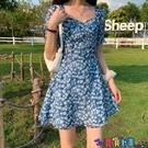 雪紡洋裝 藍色碎花連身裙女輕熟風法式方領裙子短裙夏季氣質收腰顯瘦雪紡裙寶貝計畫 上新