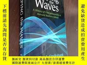 二手書博民逛書店英文原版罕見SHAPING THE WAVESY12880 Jeffrey L.Cruikshank HARV