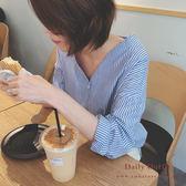 【自訂款】V領直條紋排釦襯衫-2色-TMH