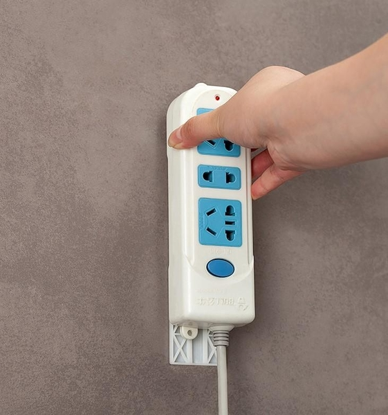 排插固定器SG609牆上貼強力無痕 可移動粘貼式插線板插座固定置物