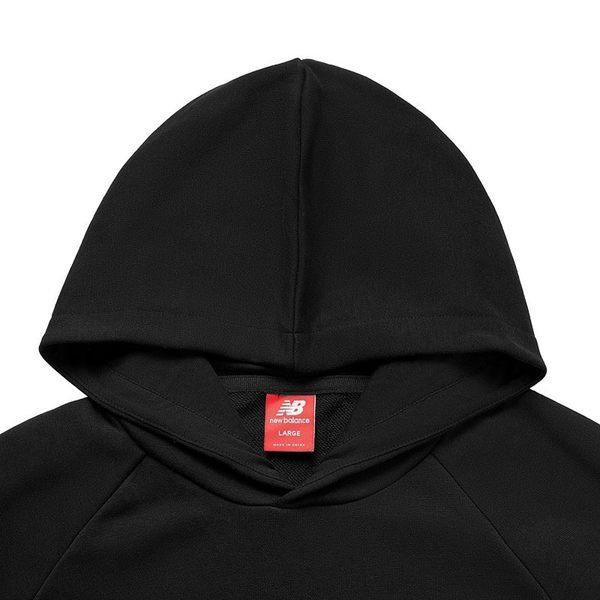 NEW BALANCE 黑 白刺繡英文logo 藍 白拼接 余文樂 帽T 男 (布魯克林) AMT93503