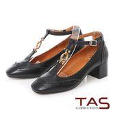 TAS T字金屬環扣繫帶雕花方頭瑪莉珍鞋-經典黑