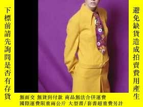 二手書博民逛書店Sixties罕見Fashion: From Less Is More To YoY237948 Jonath