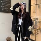 VK精品服飾 韓國風設計感笑臉寬鬆氣質復古毛衣單品外套