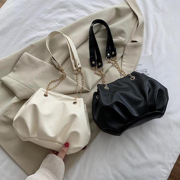 水桶包 網紅女士小包包2021新款潮春夏時尚手拎斜背包百搭ins褶皺水桶包 晶彩 99免運