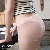 蘿蔓莎‧萊卡無痕蕾絲剪裁小褲(粉色) M~XL Choco Shop