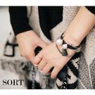 手環 兩件組 時尚潮流皮革小流蘇金屬珍珠組合 手鐲手鍊【1DDB0066】