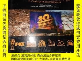 二手書博民逛書店Twentieth罕見Century Fox: A Centur