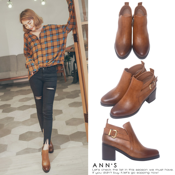 Ann'S微涼季節-金屬斜帶側拉鍊擦色粗跟短靴-棕