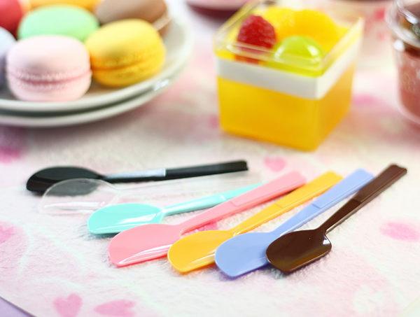 30入 10CM馬卡龍繽紛布丁匙 小湯匙 甜點餐具W007