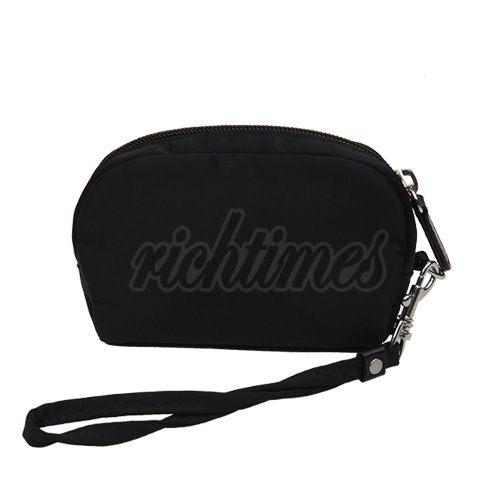 【裕代 ANNA SUI】彩鑽LOGO提帶化妝手拿包(黑色) AS1C3532