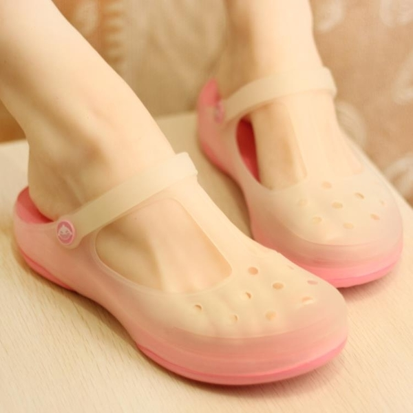 韓版厚底坡跟洞洞鞋女夏季防滑拖鞋瑪麗珍變色沙灘鞋軟底果凍涼鞋