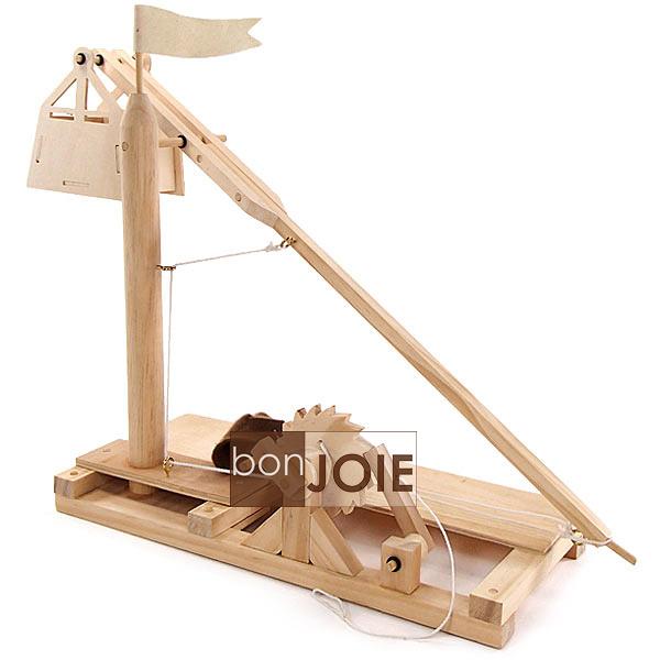 ::bonJOIE:: 美國進口 Leonardo Da Vinci 達文西 木製投石機 組合模型玩具 (盒裝) Wooden Invention Kits Trebuchet