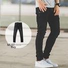 牛仔褲 微洗舊刷色3D立體剪裁黑色牛仔褲...