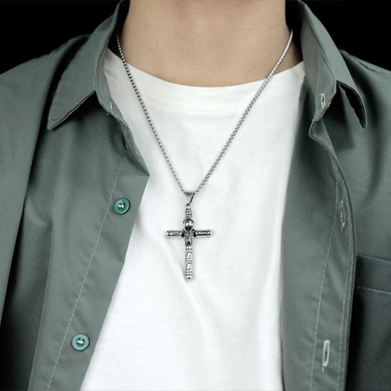 《QBOX 》FASHION 飾品【C20N1819】精緻個性歐美復古狼頭十字架鑄造鈦鋼墬子項鍊/掛飾