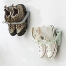 壁掛式黏貼鞋架 創意  掛式鞋架  辦公室 收納乾淨 衛生 置物【J087】米菈生活館