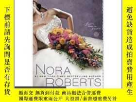 二手書博民逛書店Bed罕見of Roses 原版毛邊本Y85718 NoraRo
