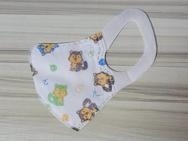 淨新3D立體醫用口罩@兒童-可愛卡通圖-松鼠@約4-8歲 一盒50片 寬版耳帶 無異味 舒適好戴