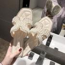 涼拖鞋女外穿2020年新款冬季ins超火珍珠水鉆鞋拖網紅百搭一字拖 安雅家居館