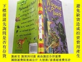 二手書博民逛書店Winnie罕見the Twit溫妮的笨 Y212829