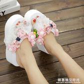 外穿拖鞋女夏季蝴蝶結高跟人字拖鬆糕坡跟厚底花朵沙灘夾腳涼拖鞋