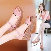 新品 夏季 新款 休閒平底舒適坡跟 涼鞋女高跟防水臺台厚底百搭鬆糕鞋 雙11低至8折