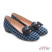 effie 都會舒適 全真皮豔彩格紋拼接珍珠蝴蝶低跟鞋  藍