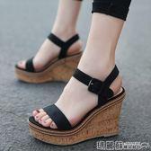 楔型鞋 坡跟涼鞋女夏防水台歐美厚底絨面小碼時尚一字女鞋高跟鞋 瑪麗蘇