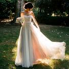 天使 度假旅拍寫真輕婚紗 草坪戶外海邊沙...