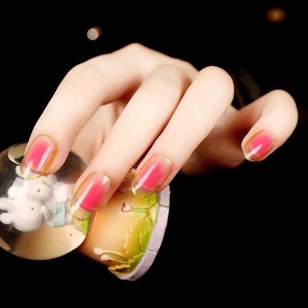 限定款光療感指甲油甜心寶貝 金邊 漸變桃花美甲貼片 假指甲 24片 腮紅甲配外套皮衣風衣