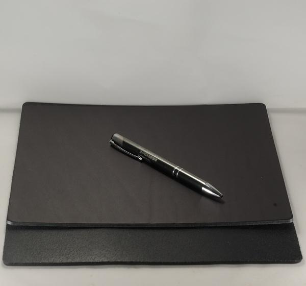 Mark Honor 義大利植鞣苯染皮墊桌墊滑鼠墊-黑色24公分*20公分
