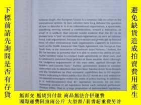 二手書博民逛書店Identity,罕見Interests and Attitud