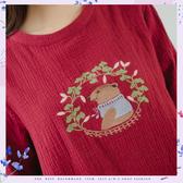 棉麻衫 活潑童趣小熊花朵刺繡寬版綿麻衫 二色-小C館日系