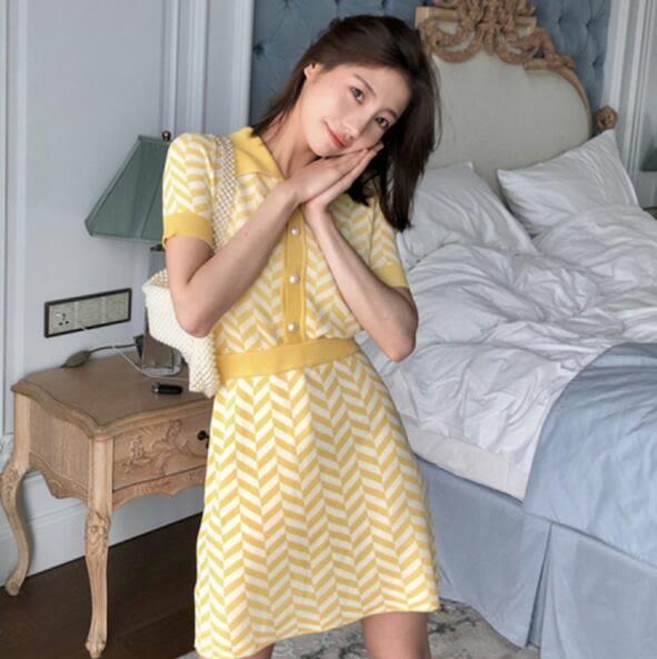 VK旗艦店 韓國風拼色條POLO領針織收腰套裝短袖裙裝