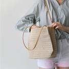 沙灘包 包包女2020新款韓版手提草編沙灘包度假大容量簡約編織單肩水桶包