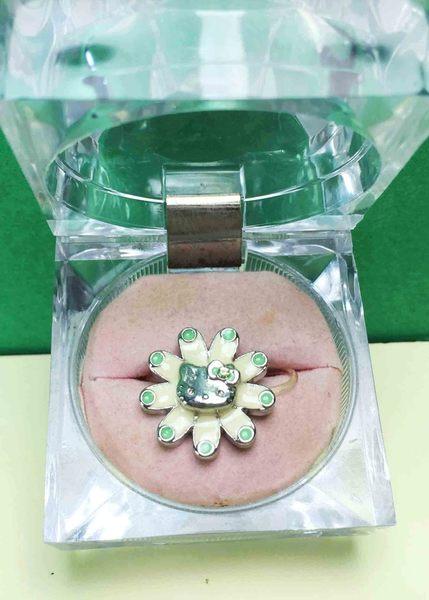 【震撼精品百貨】Hello Kitty 凱蒂貓~造型戒指-綠點花