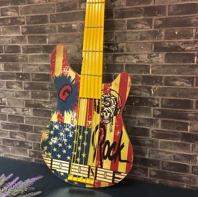 [協貿國際]   吉他壁飾咖啡廳牆上裝飾品挂件  (1入)