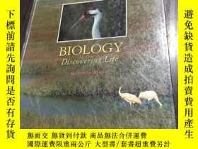 二手書博民逛書店BIOLOGY Discovering罕見Life SECOND