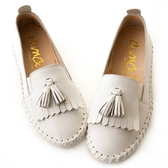 amai MIT台灣製造。荔枝牛皮流蘇厚底休閒鞋 白